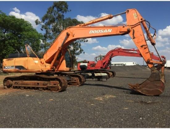 Doosan 300LCU 30 Ton 2005/8 Excavator