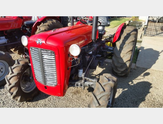 Red Massey Ferguson (MF) 35x