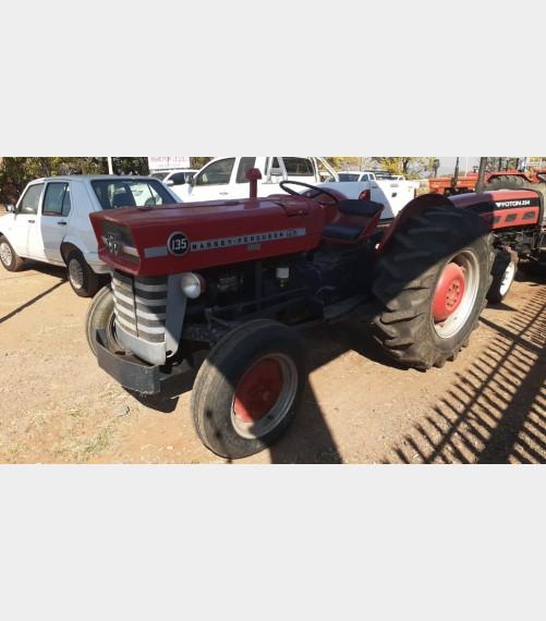 Massey Ferguson (MF) 135 35kW  2x4