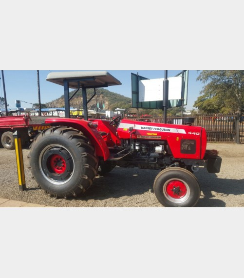 Red Massey Ferguson (MF) 440