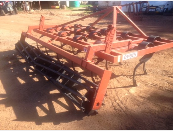 S2830 Red Evers-Dales 15 Tine 4m Vibro Tiller / 15 Tand 4m Vibro Skoffel Vibroflex Pre-Owned Implement