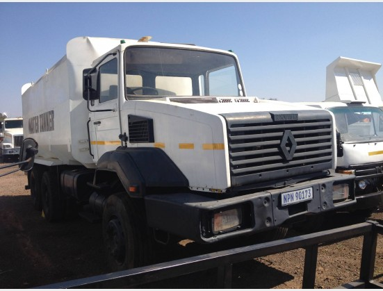 RENAULT  Pre-Owned Truck