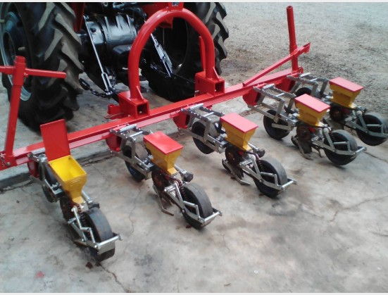 Pre-Owned Implement BPI Fimaks 5 Row Vegetable Planter