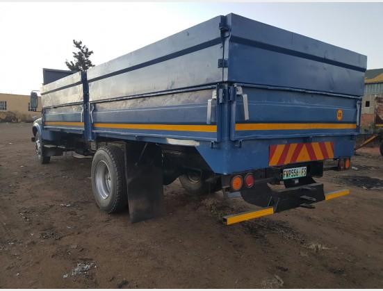 Blue Toyota 8 Ton DA10 (Offsite) 4X2 Pre-Owned Truck