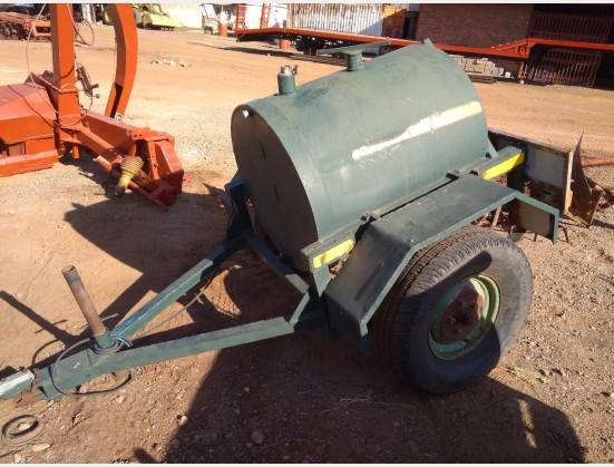 Green Unknown Make Dieselkar Pre-Owned Implement