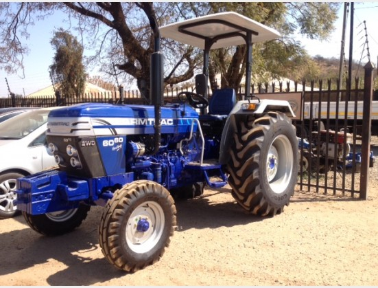 Blue Farmtrac 6060 4X2